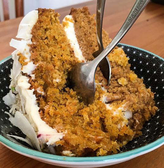 mostassa-carrot-cake_