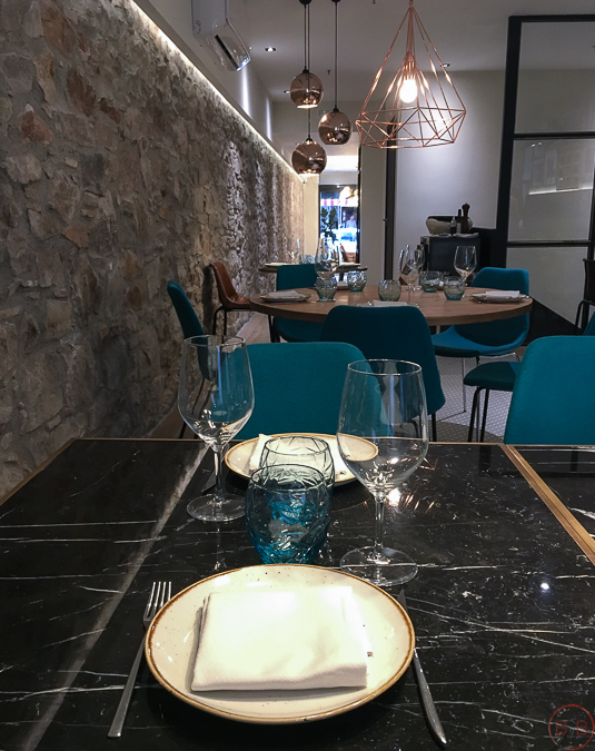 moix-gastro-wine-bar-comedor