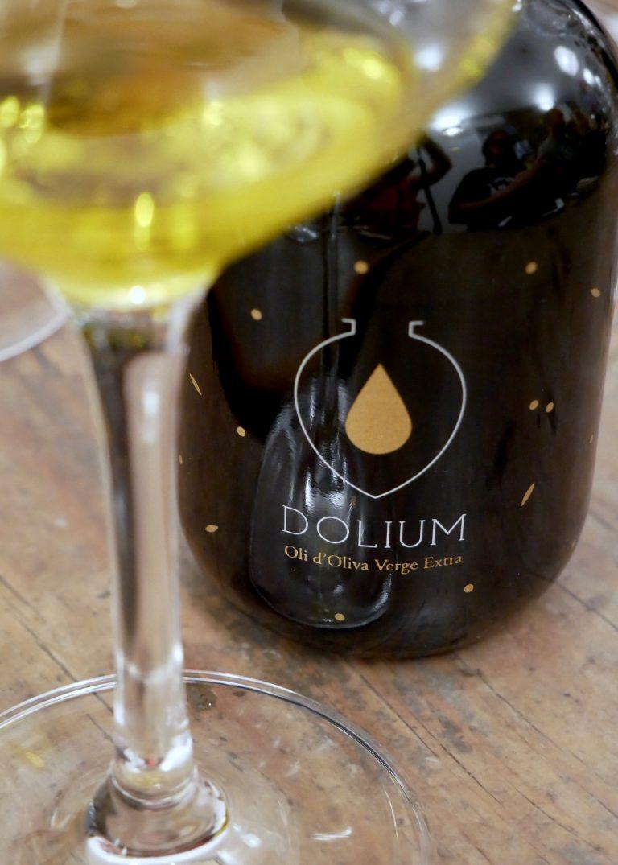 Dolium
